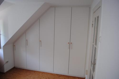 Dachschrägenschrank Oldenburg,Schrank Oldenburg